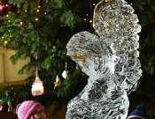 Advent Óbudán - IceArt - Jégangyal faragás