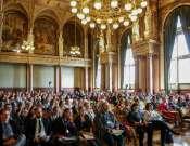 Az internet hatása a gyermekekre és fiatalokra című konferencia