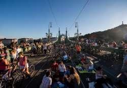 Négy hétvégén a gyalogosoké a Szabadság híd