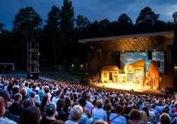 Csillagtetős színpadok - Nyári szabadtéri előadások 2020