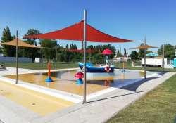 Új különleges vizű strand - Átadták a felújított pesterzsébeti gyógyfürdőt