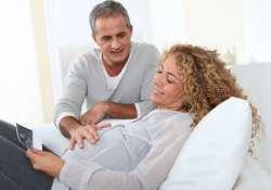 Szülés 40 felett - esélyek, kockázatok, lehetőségek -