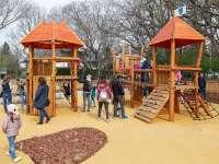 Játszótér, sportpályák és madaras tanösvény – Megújult az Adyliget park
