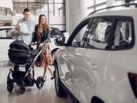 Kell-e autó a kisgyerekes családoknak?