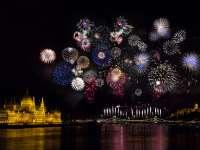 Fekete porból a csillagokig: a tűzijáték története és titkai